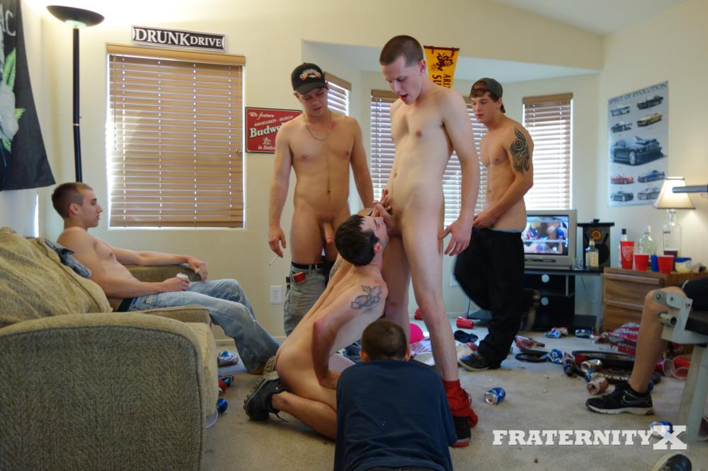 Fraternity-X-Straight-Frat-Guys-With-Big-Cocks-Barebacking-A-Tight-Ass-Amateur-Gay-Porn-31 Straight Frat Guys Barebacking A Tight Freshman Ass