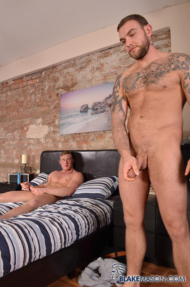 Blake-Mason-Andy-Lee-and-Liam-Lawrence-Straight-Muscle-Hunks-With-Big-Uncut-Cocks-Amateur-Gay-Porn-14 Big Uncut Cock Straight Muscle Guys Jerking Off