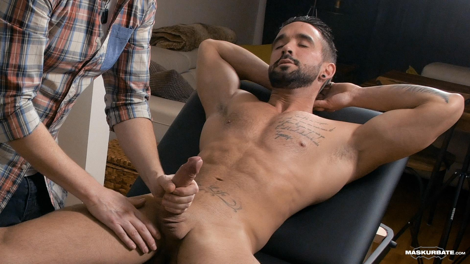 Maskurbate-Zack-Lemec-Gay-Massage-With-Happy-Ending-08 Zack Lemec Get's His First Gay Massage With A Happy Ending